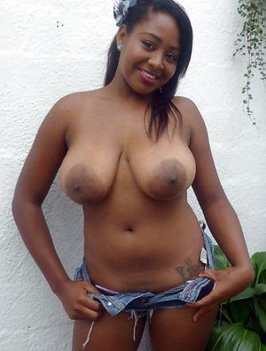 Photo de femme black nue