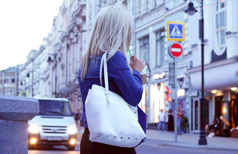 Pourquoi les hommes s'intéressent-ils tant aux filles russes ?