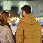 27 signes qu'un jeune homme est amoureux d'une femme plus âgée
